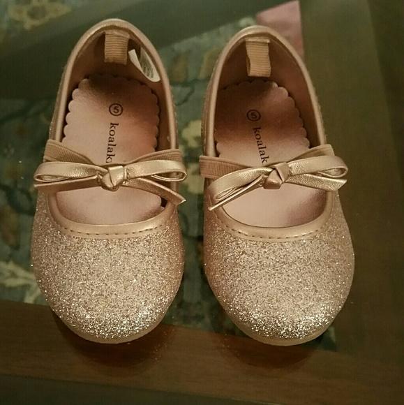 d45cb84723be Koala Kids Other - Toddler Girls Rose Gold Dress Shoes